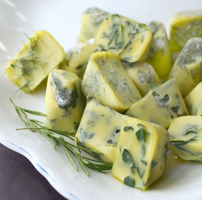 freeze preserve fresh herbs in olive oil, creative ideas, organize ideas