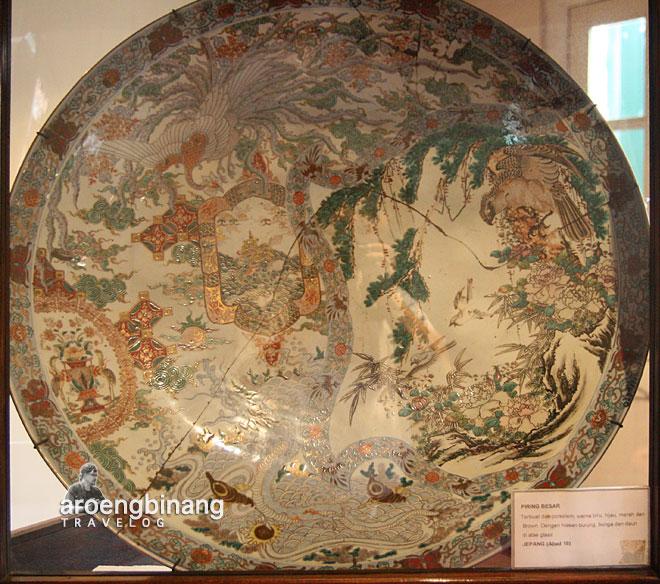 piring besar jepang museum fatahillah jakarta