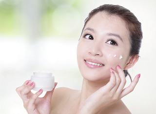 2 Paket Cream Racikan Dokter Terbukti Putihkan Wajah Pria Dan Wanita