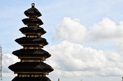 Tempio Besakih 2013 rebeccatrex