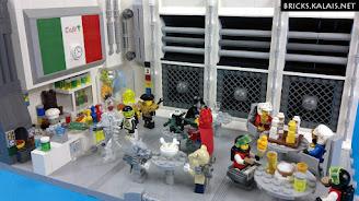 [MOC] Space Cafe