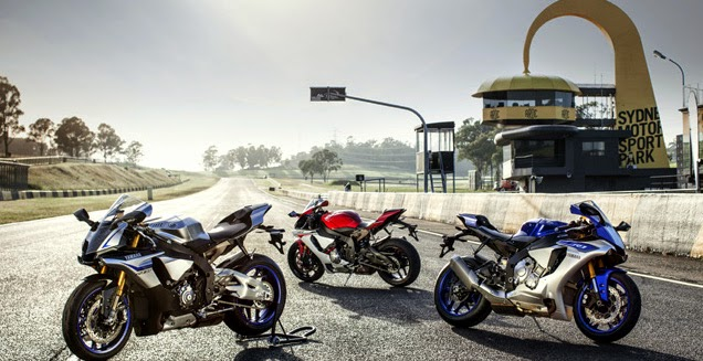Yamaha R1 Test and R1M 2015