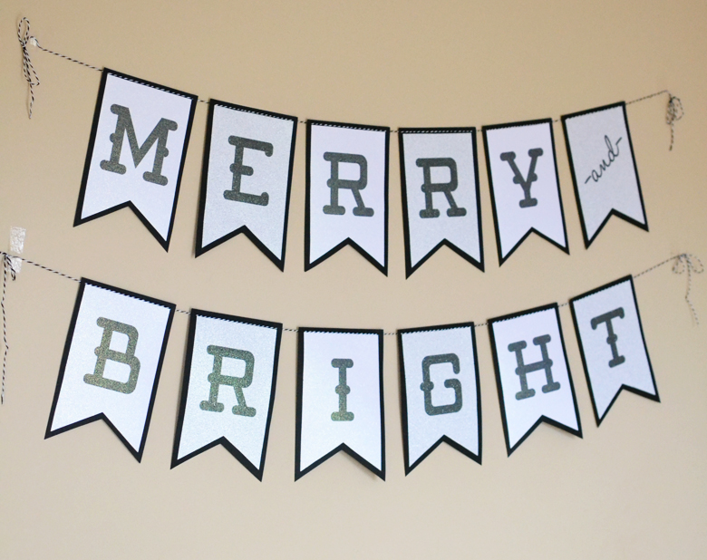 Merry And Bright Glitter Christmas Banner FREE PRINTABLE Bre Pea