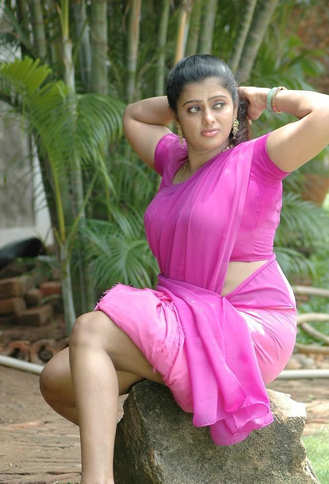 Hot Indian Aunties Sexy Photos Saree Pics: Indian Aunties