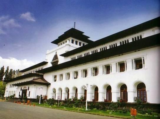 Sejarah Gedung Sate Kota Bandung Jawa Barat