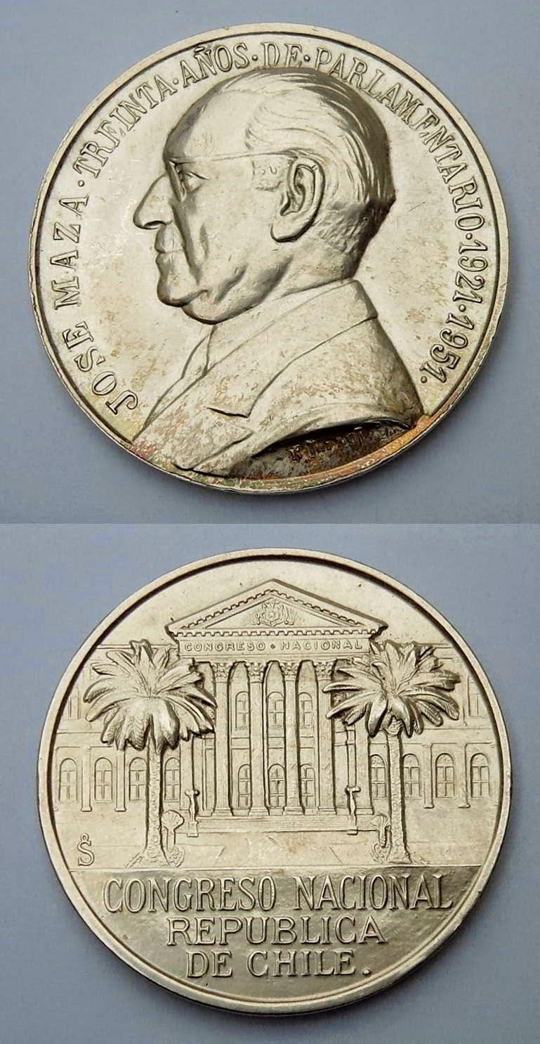 Medalla José Maza