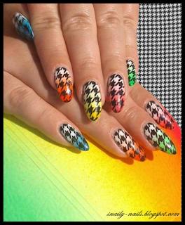 http://snaily-nails.blogspot.com/2016/08/neombre-pod-pepitka.html