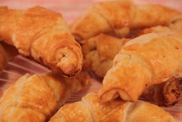 croissants, croissants-de-hojaldre