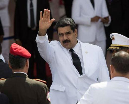 Nicolás Maduro ofrece transporte para paso fronterizo peatonal con Colombia