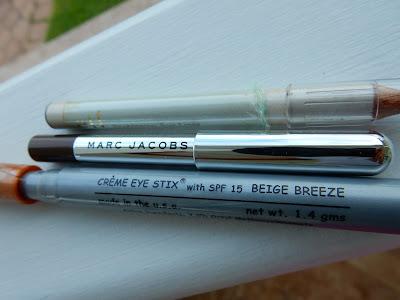 Pencil Eyeliner Declutter - www.modenmakeup.com