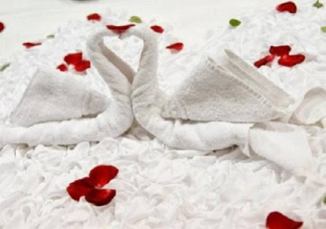 Suami Memaksa Berhubungan Di Siang Hari Ramadhan, Bagaimana Hukumnya?