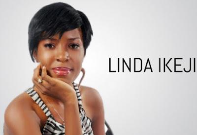 Biografi Linda Ikeji     Biodata   Nama : Linda Ikeji  TTL : Nkwerre, Imo, Nigeria, 19 September 1980  Karir : Model , Filantropi & Blogger  Biografi  Mungkin banyak yang membayangkan bloger itu orang yang kurang kerjaan, nulis di blog yang belum tentu dapet hasil. Atau mungkin anda membayangkan jika bloger itu harus orang yang ahli memprogram, bikin web yang rumit. Oh ternyata itu semua tak berlaku bagi seorang bloger Nigeria bernama Linda Ikeji. Saat ini penghasilan dari blog Linda Ikeji tembus di angka $100.000 per bulannya. Wah…itu kalau dirupiahkan bisa diatas 1M per bulannya dengann kurs rupiah 13rb/dolar.  Pastinya Linda Ikeji membuat blog yang bagus, dengan navigasi lengkap dan tampilan keren tuch, eh salah ternyata enggak banget. Blognya Linda Ikeji sangat sederhana sekali. Bahkan saking sederhananya sampai-sampai gak terlihat kalo itu blog professional. Hanya seperti blog amatiran atau hanya seperti blog newbie yang barusan belajaran.   Kalo gak percaya coba dech kunjungi lindaikeji.blogspot.com (saat ini blog Linda Ikeji sudah di track ke TLD dengan nama www.lindaikejisblog.com namun hostingnya tetap pakai hosting blogspot) . Dan yang paling mengejutkan blog Linda Ikeji adalah blog gratisan.  Trus kok bisa blog dengan tampilan yang begitu sederhana tapi