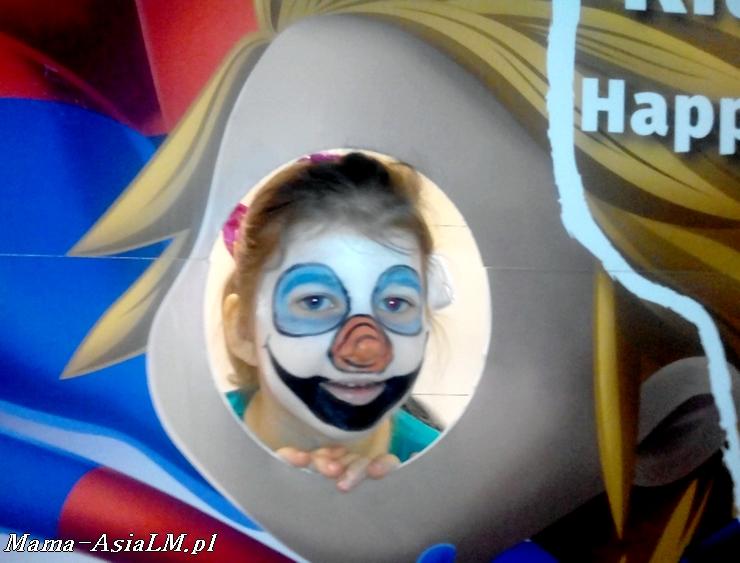Mamblog II Targi rodzice i dzieciaki  malowanie twarzy olaf
