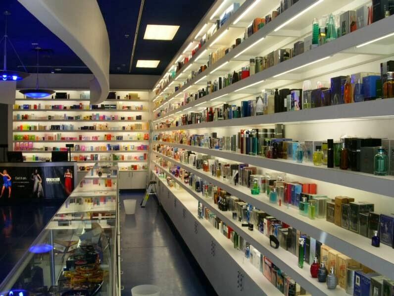 Miami Wholesale District - 0425