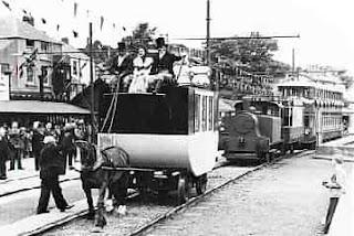 عربات تجرها الخيل على السكك الحديدية