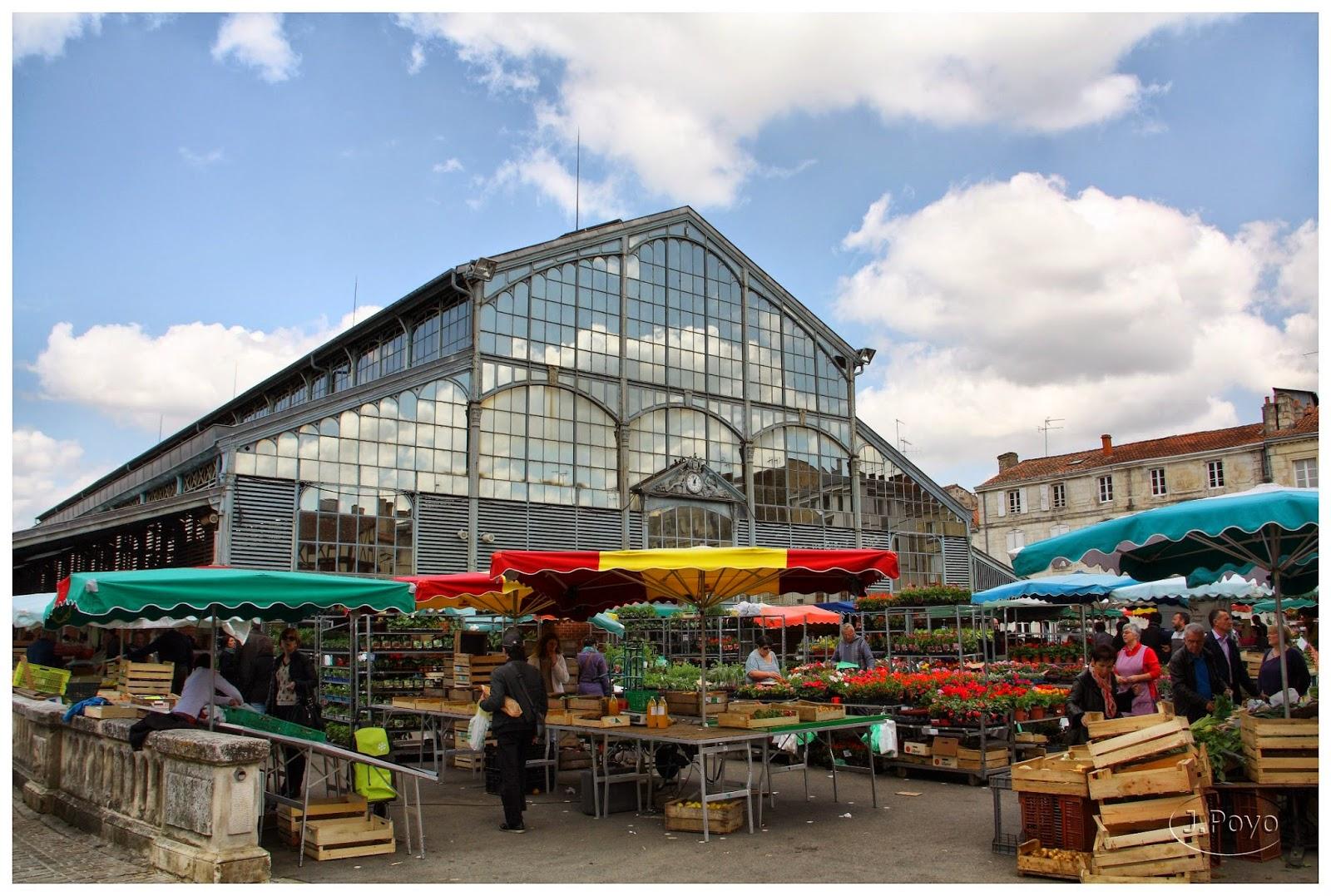 Mercado exterior en Les Halles