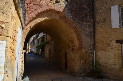 Cadouin. Porta de Sant Lluís