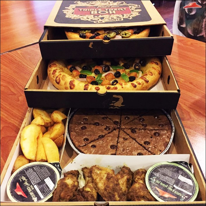 Pizza Hut Introduces The Triple Treat Box Karachichronicle