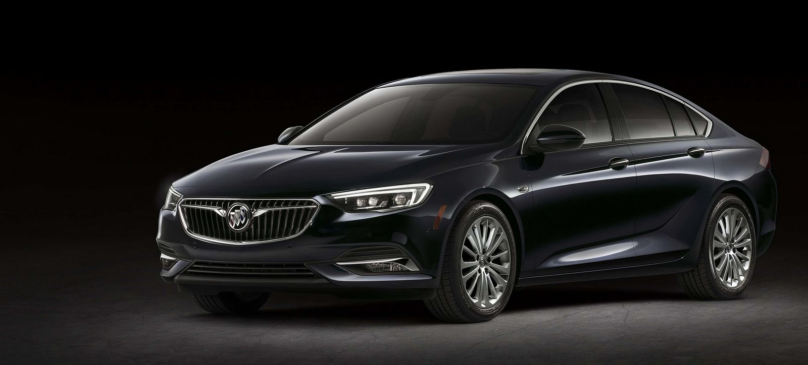 2018 buick regal sportback tourx wagon unveiled. Black Bedroom Furniture Sets. Home Design Ideas