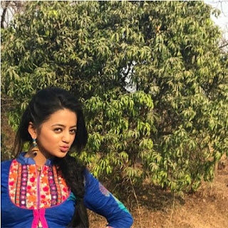 Photo Helly Shah Terbaru