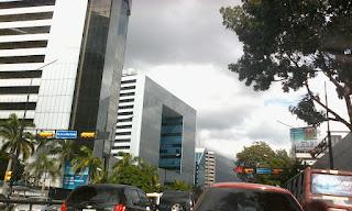 Avenida Francisco de Miranda, por lo general están mis clientes y siempre hay clientes nuevos para visitar...