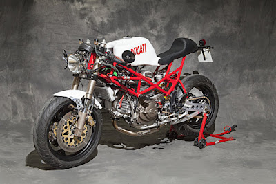 Ducati Monster 750 Cafe Racer