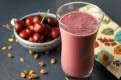 Creamy Cherry Pistachio Smoothie