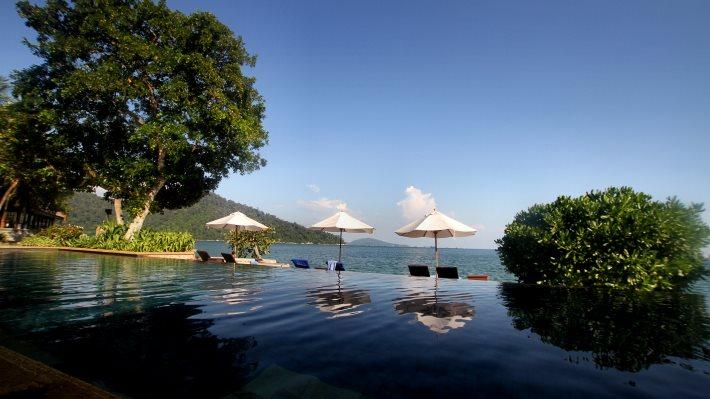 Wallpaper: The pool at Pangkor Laut Resort