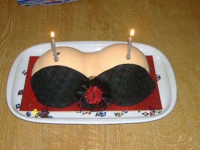 Bánh kem sinh nhật được làm riêng đặc biệt cho các Sếp muốn mỏi tay