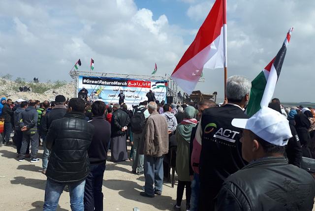 Ada Bendera Indonesia di Aksi Damai Ratusan Ribu Warga Gaza