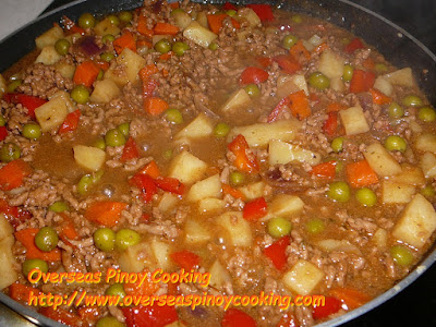 Giniling at Patatas Carinderia Style - Cooking Procedure