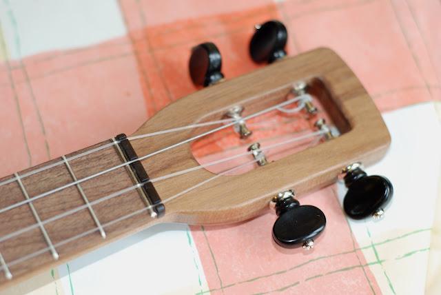 firefly ukulele headstock