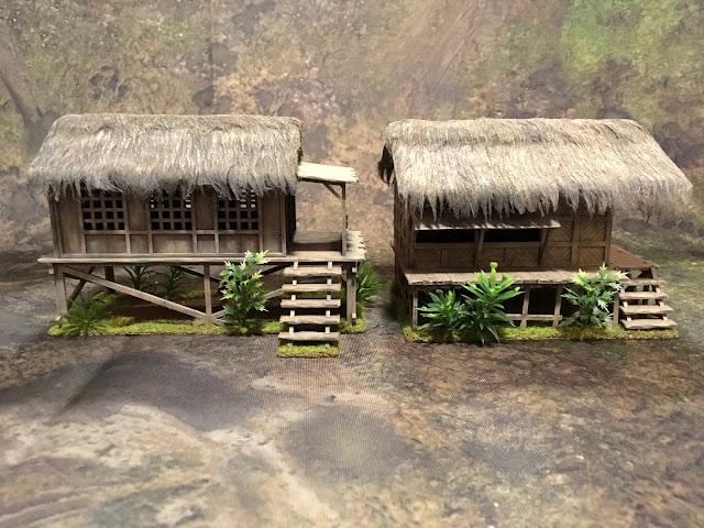 Sarissa Small Planked House vs. Warbases Nipa Hut