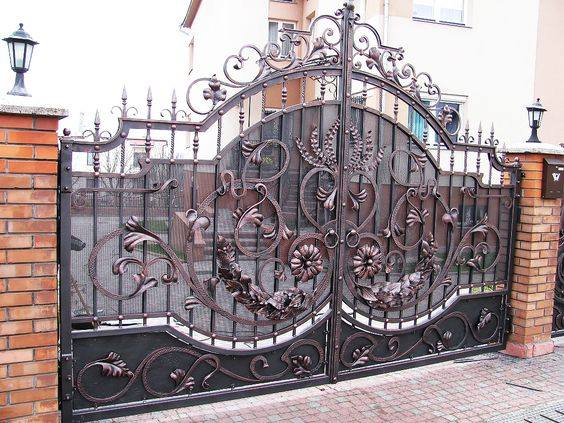 Beautiful%2BGates%2BDesigned%2B%2526%2BInstalled%2Bfor%2BYour%2BDriveway%2B%252810%2529 Beautiful Gates Designed & Installed for Your Driveway Interior