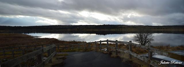 Lever du soleil sur le Lac du Pêcher