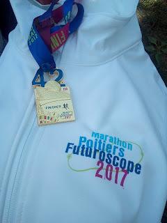 http://lafilleauxbasketsroses.blogspot.com/2017/05/cr-marathon-de-poitiers-futuroscope-2017.html