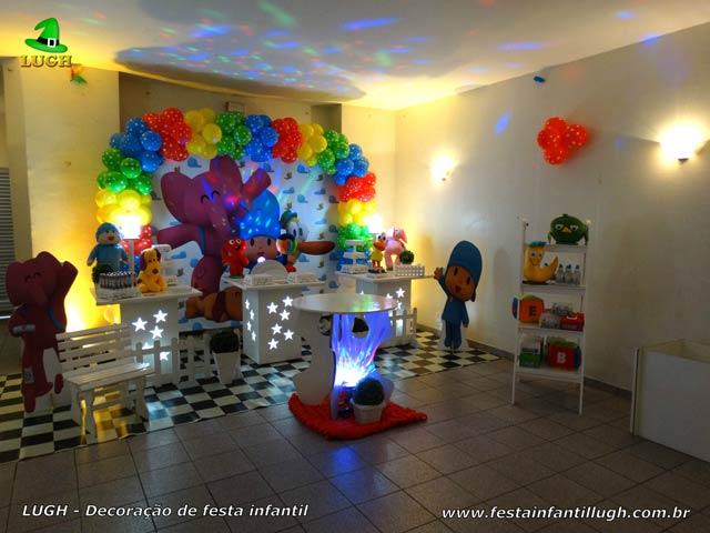 Decoração festa de aniversário infantil tema do Pocoyo - Mesa provençal simples