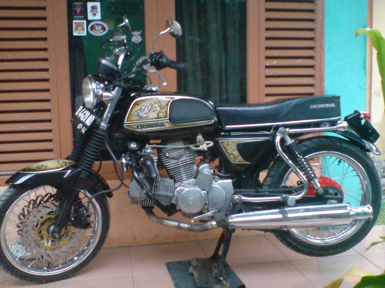 To V Engine Cc Honda Cb Identik Dengan Motor Klasik Motor