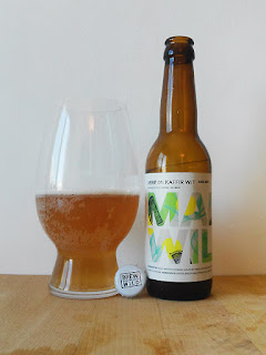 Mad Brewing La Quince Mad & Wild Serie 01 Kaffir Wit dorado y en botella