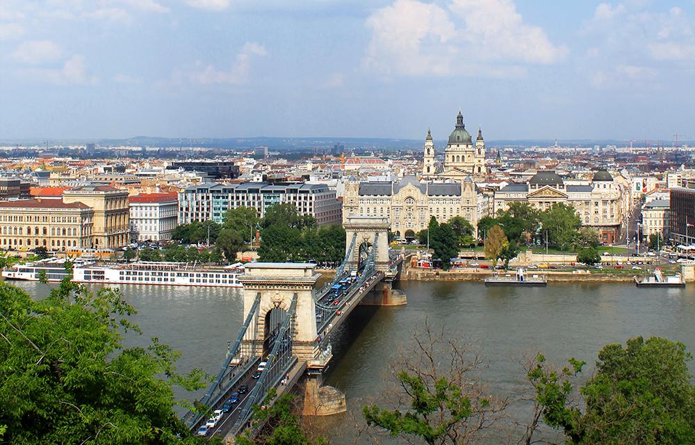 Volo per Budapest da Bologna