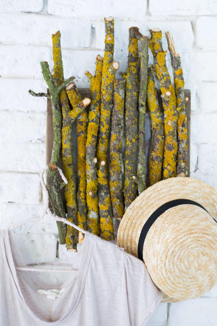 Perchero rústico DIY con ramas