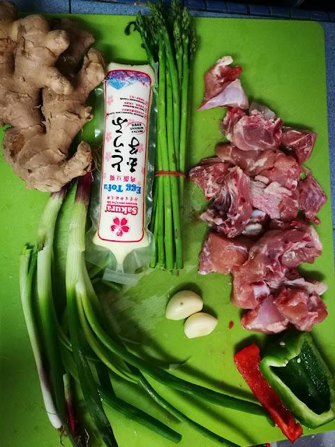 Resepi Ayam Masak Sos Tiram Bersama Asparagus,resepi chicke