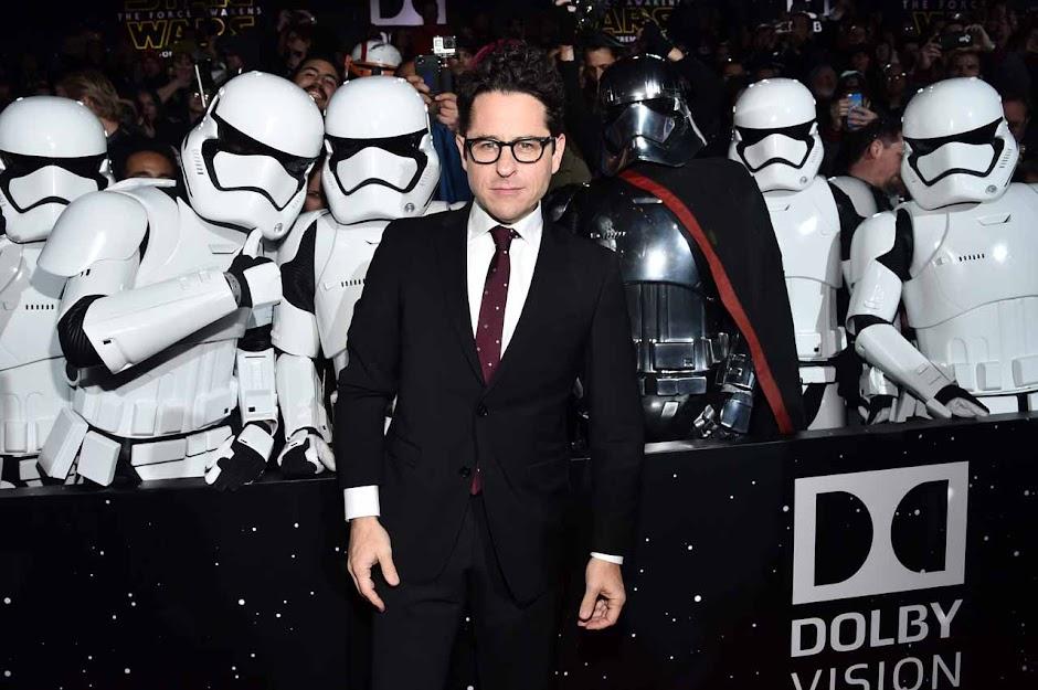 """Star Wars: Episódio IX"" será dirigido por JJ Abrams"
