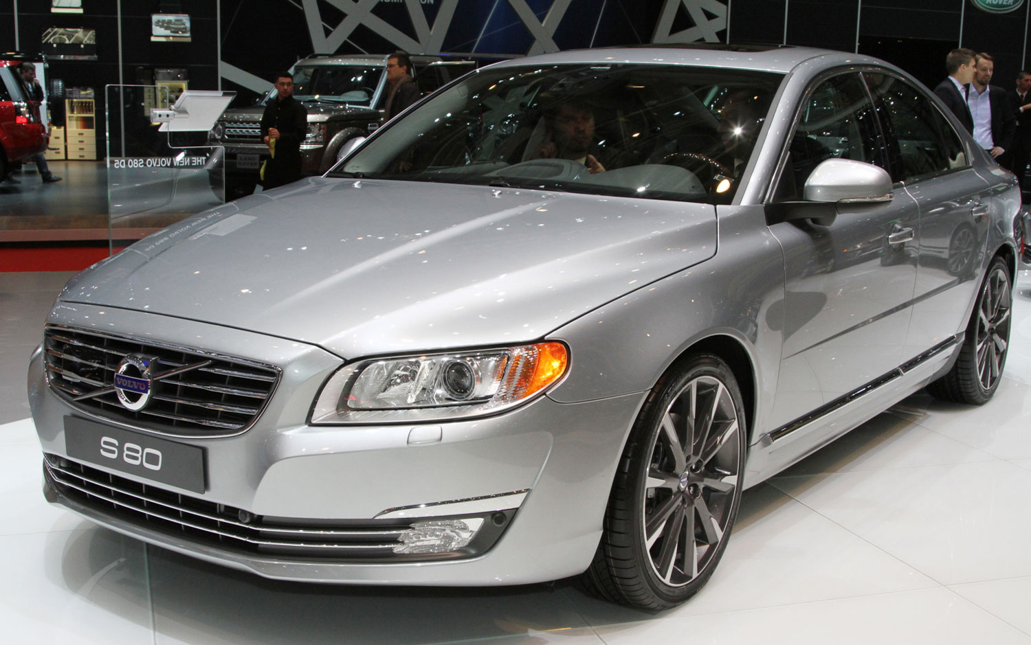 cars model 2013 2014 refreshed 2014 volvo xc60 s60 hit the geneva show floor. Black Bedroom Furniture Sets. Home Design Ideas