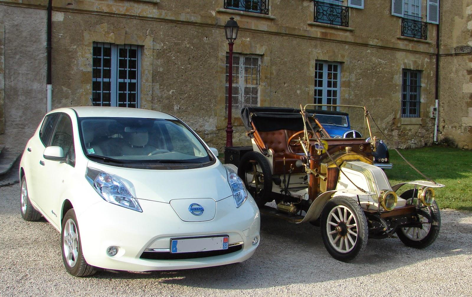 forum automobile propre visite de leaf au patrimoine automobile pour clore la semain nissan leaf. Black Bedroom Furniture Sets. Home Design Ideas
