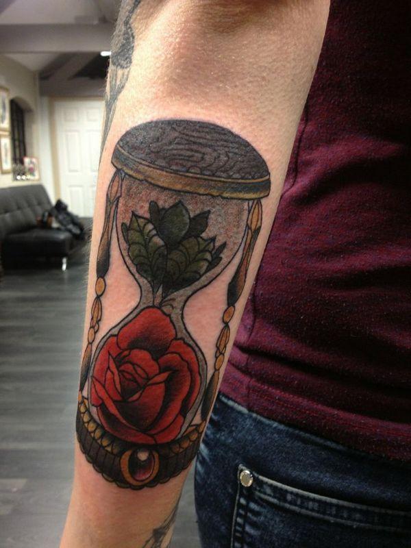 fotos de Tatuajes de relojes de arena mejores ideas y significado