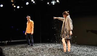 Escena de Cuzco con Silvia Valero y Bruno Tamarit