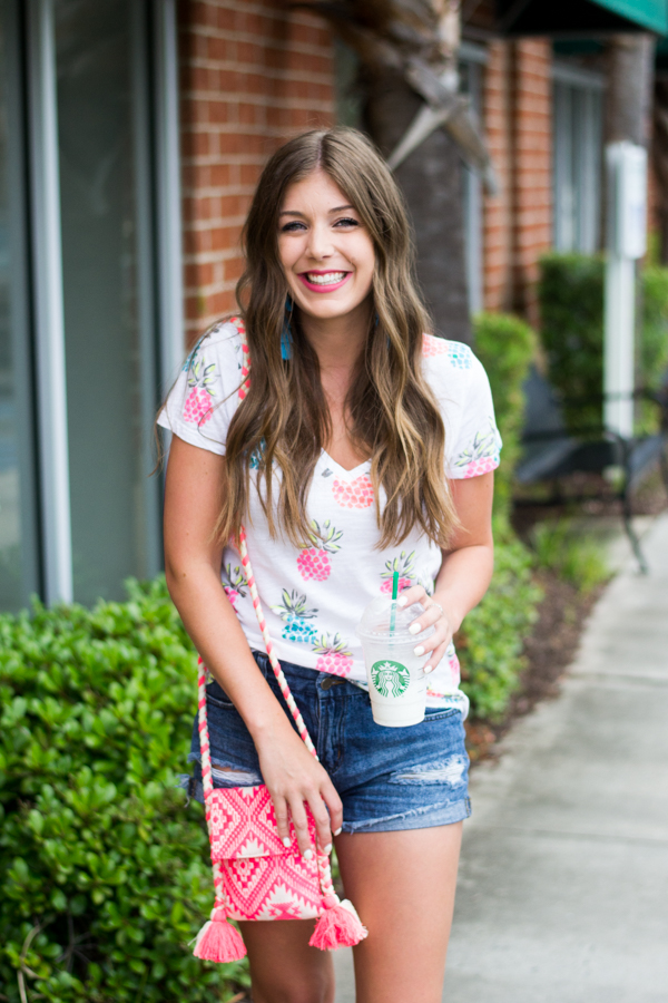 3 Tips to Building Self-Confidence by Charleston fashion blogger Kelsey of Chasing Cinderella.