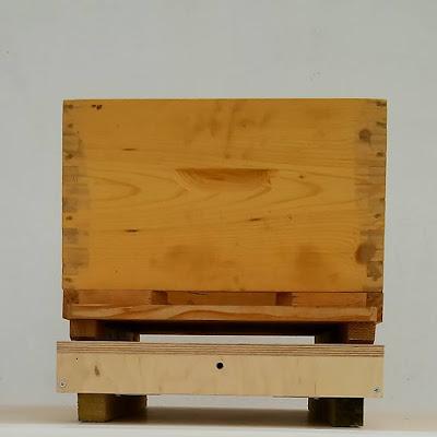 Πωλείται μεταχειρισμένη μελισσοκομική ζυγαριά