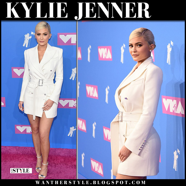 Kylie Jenner in white belted tailored mini dress tom ford red carpet vmas 2018